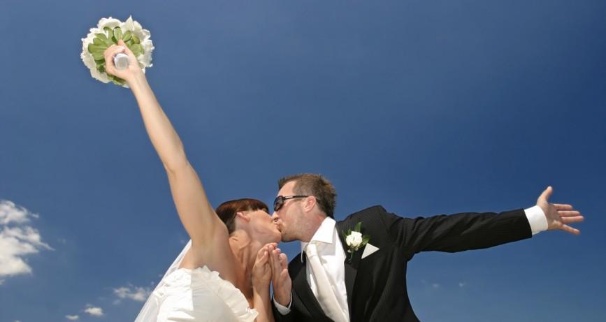 Sky Lanterns ganham força em casamentos a céu aberto