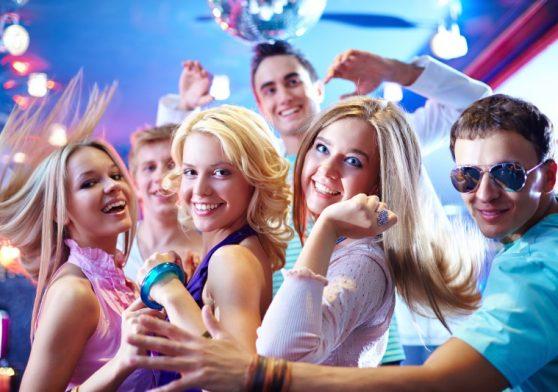 Festa de debutante, porque fazer algo incrível para seus 15 anos?