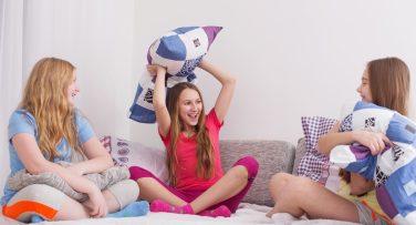 Organização – festa do pijama – crianças – cabanas – dicas – tendência desde 2018